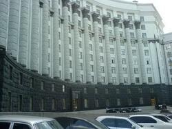 Кабмин выделил 100 млн грн на закупку коммунальной техники в регионах