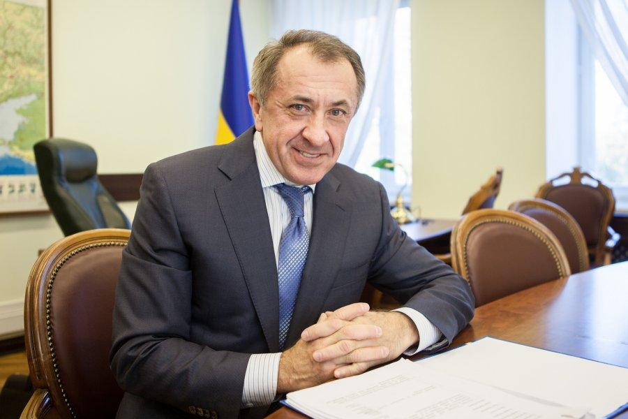 Данилишин предложил сократить объем  общих резервов НБУ для наполнения бюджета