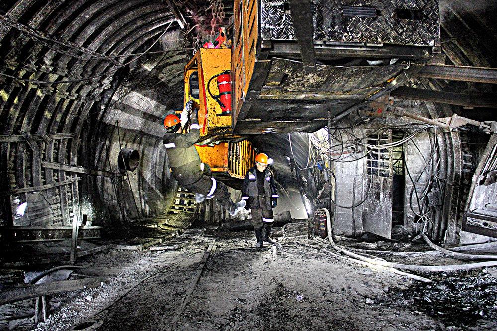Фьючерсы на коксующийся уголь и кокс в Даляне выросли до рекордных максимумов