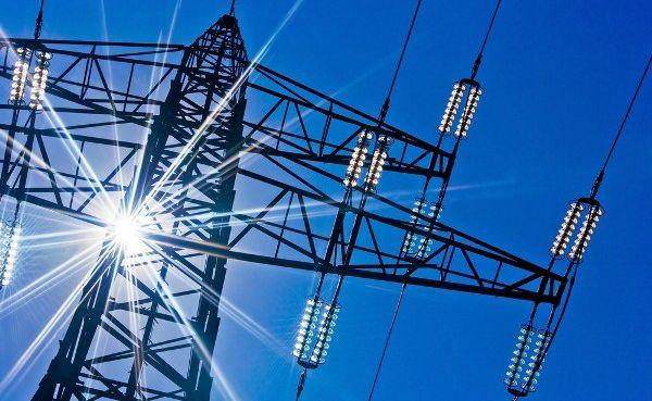НКРЭКУ допустила  возобновление импорта электроэнергии из РФ и Беларуси